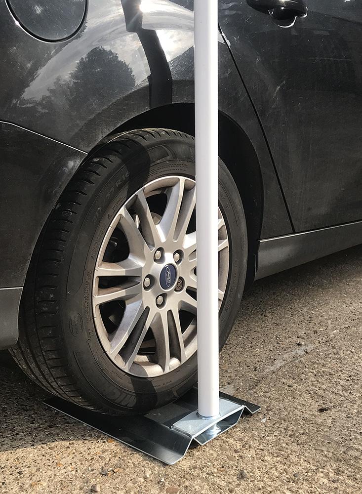Car Wedge